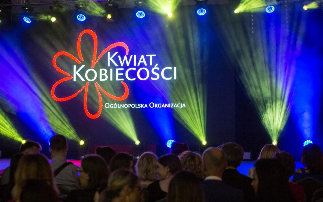 """Gala Finałowa X Ogólnopolskiej Kampanii Społecznej """"Piękna, bo Zdrowa"""".  #ZdrowiePań"""
